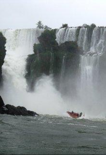 Аргентина. Игуасу - судо природы