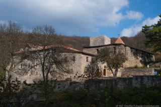 Диверсия в монастыре, aka Монастырский источник (СИ)