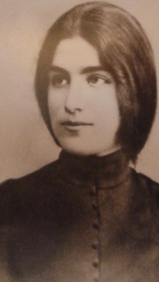 Еврейские скрижали и русские вериги (Русский голос в творчестве ивритской поэтессы Рахели)