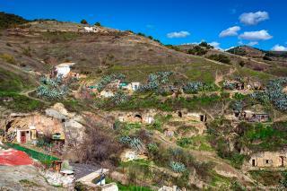 Гренада, Сакрамонте, или Пещерные Жители.