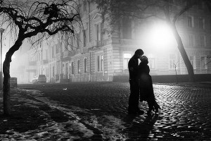 Ночь тихо падает на плечи... (СИ)