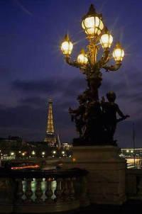 Уехать в Париж